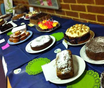 cake table before start - lots of nice cakes
