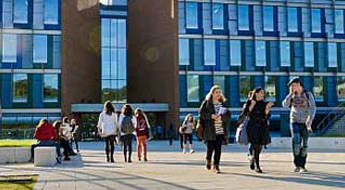 Students outside the Jubilee Building