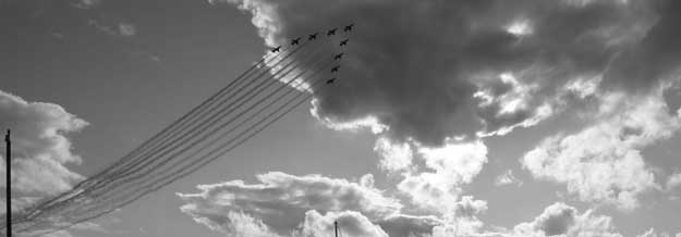 Aeroplanes in formation