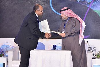 Allam Ahmed signing MOU