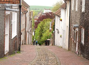 A cobbled street in Lewes, where the White Hart Hotel, one of our University-managed hotels, is located