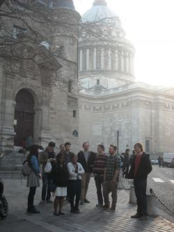Students at Pantheon of Great Men