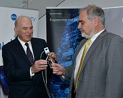 Prof Robert Prance an dDr Vince Cable MP at the Sussex Innovation Centre