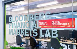 A view into the Bloomberg Lab at the Business School