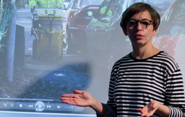 Natasha Slutskaya presenting her research findings